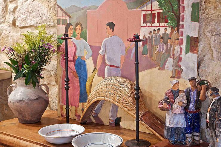 Urbana Interiorismo:  tarz Şarap Mahzeni