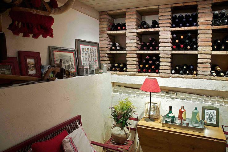 rustieke & brocante Wijnkelder door URBANA 15