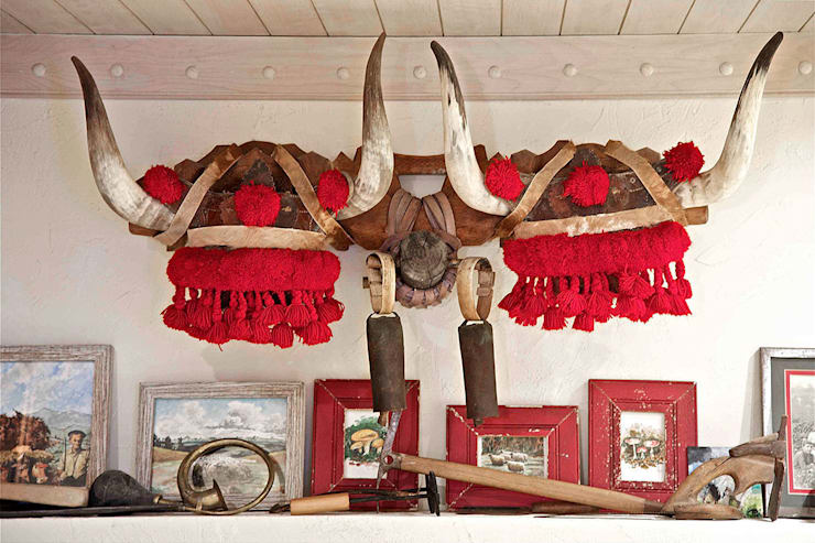 La cultura del txoko tradicional.: Bodegas de estilo rústico de URBANA 15