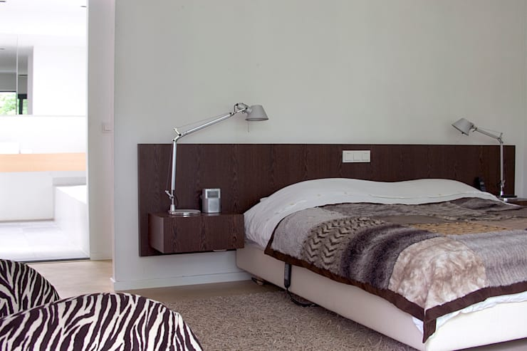 Villa Vught: moderne Slaapkamer door Doreth Eijkens | Interieur Architectuur