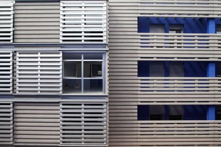 Fachadas Hormigón Arquitectónico: Casas de estilo  por INDAGSA