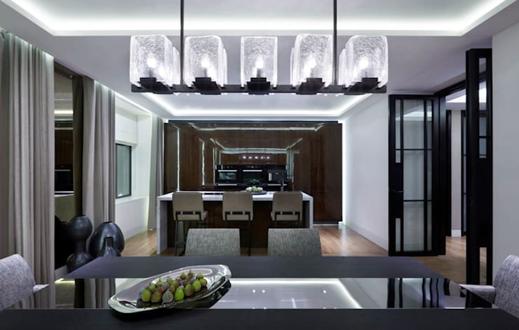 Lateral Apartment, Regents Park:  Kitchen by Helen Green Design