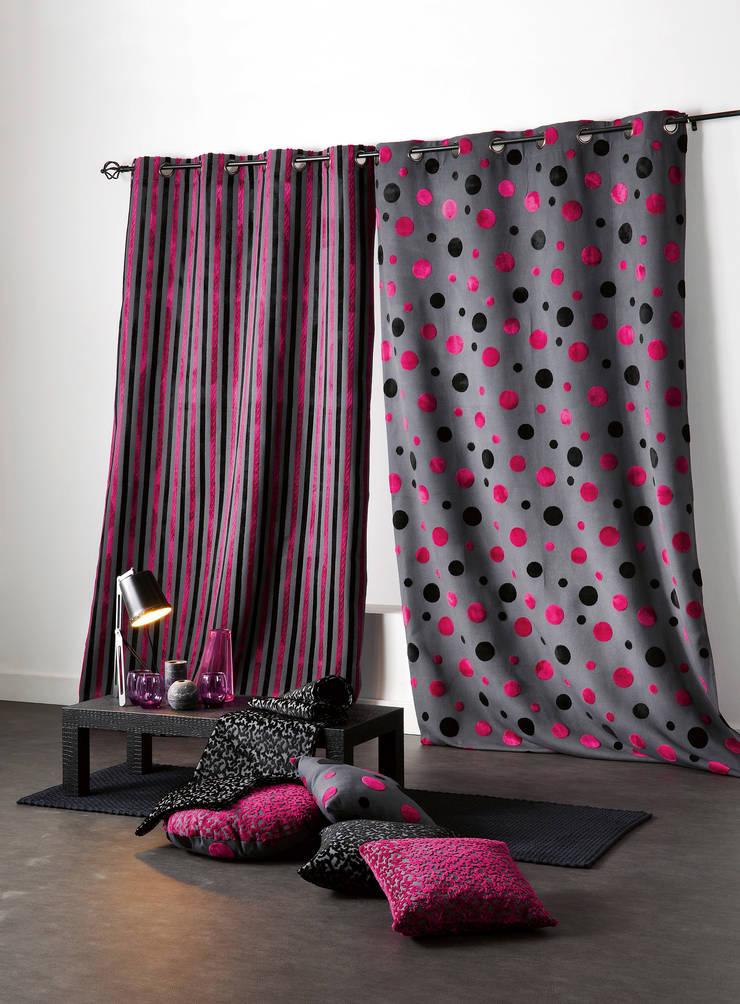 Rideaux prêts à poser>Design>MARGOT: Maison de style  par So Textil