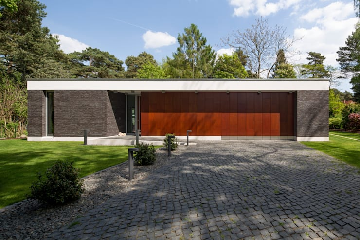 Bungalow by Justus Mayser Architekt