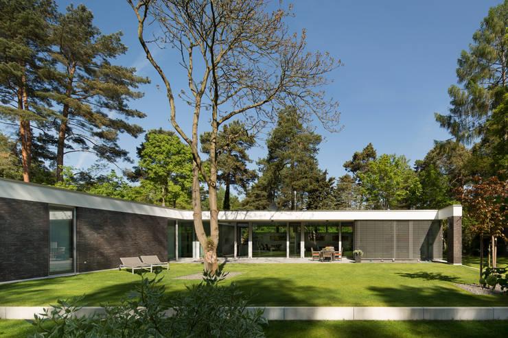 Bungalow von Justus Mayser Architekt Modern