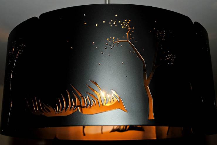 Wind: styl , w kategorii Jadalnia zaprojektowany przez Archerlamps - Lighting & Furniture