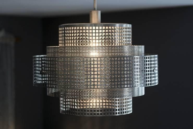 Beijing: styl , w kategorii Korytarz, przedpokój zaprojektowany przez Archerlamps - Lighting & Furniture