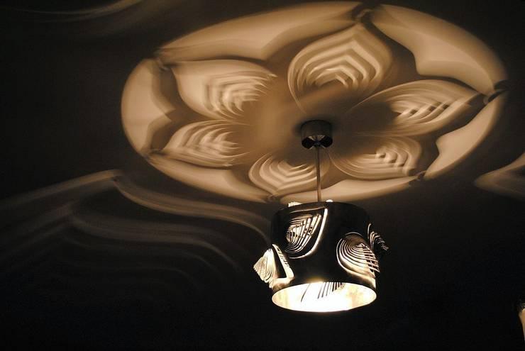 Leaves: styl , w kategorii Korytarz, przedpokój zaprojektowany przez Archerlamps - Lighting & Furniture