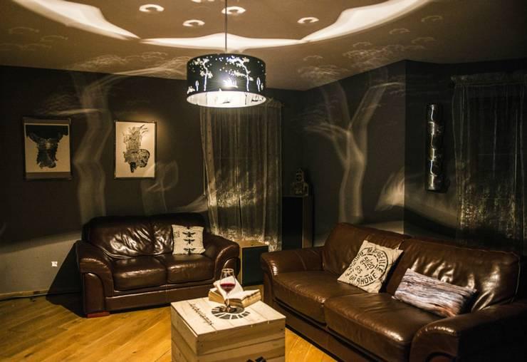 Wind: styl , w kategorii Salon zaprojektowany przez Archerlamps - Lighting & Furniture