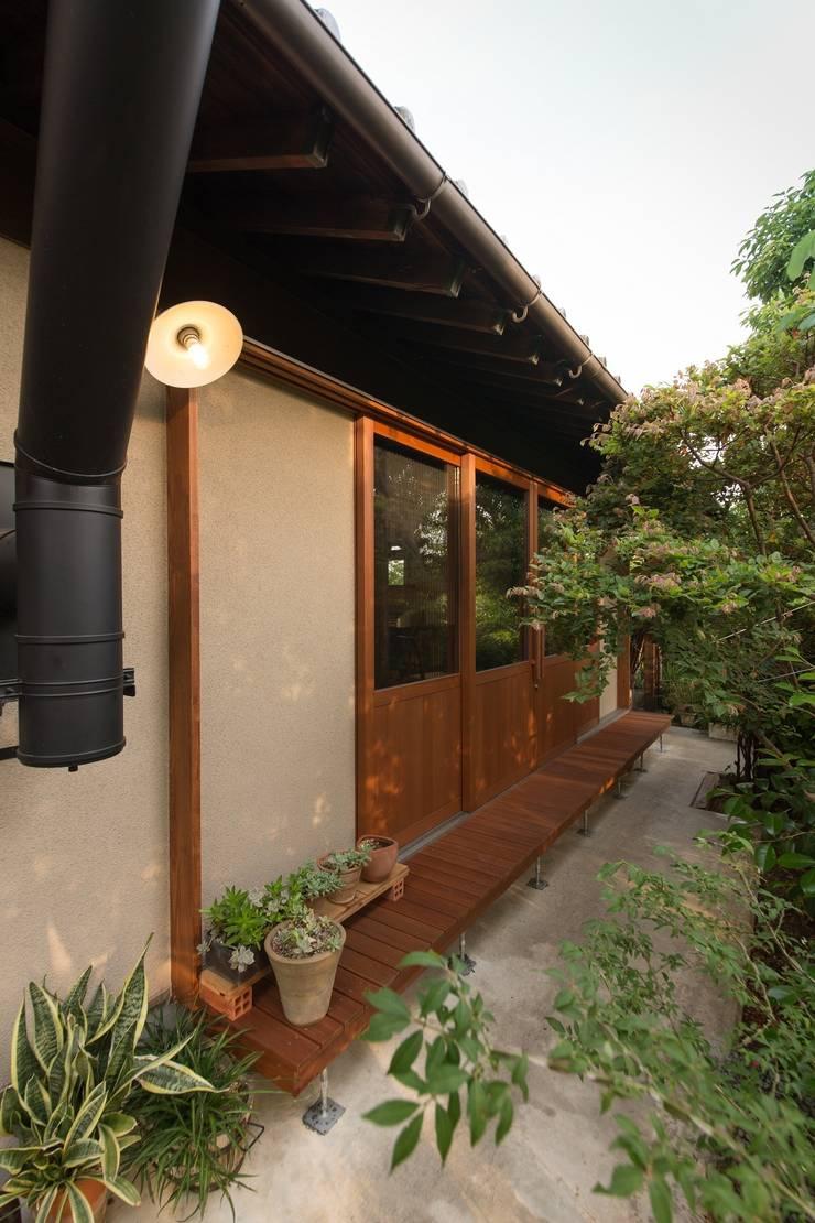 House Ookimati: エコリコデザイン一級建築士事務所が手掛けた家です。