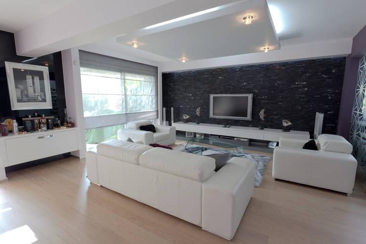 غرفة المعيشة تنفيذ Mimkare İçmimarlık Ltd. Şti.