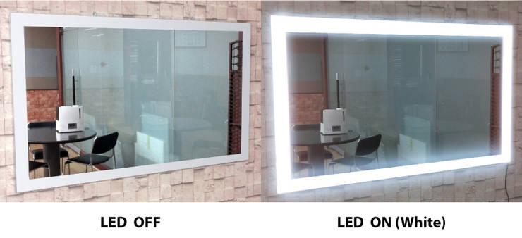 벽걸이형 4면 LED - 백색: 주식회사 에이티옵트로닉스 (AT Optronics Corporation)의  벽 & 바닥