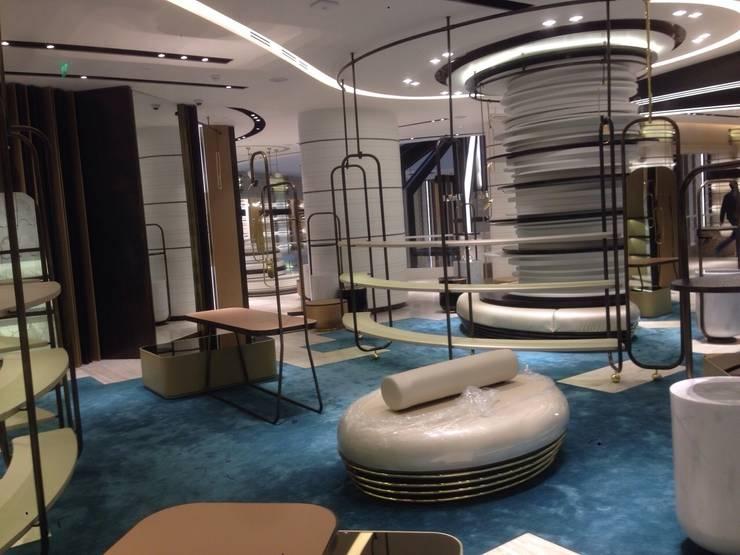 Murat Topuz Atelier – harvey nichols:  tarz Ofisler ve Mağazalar