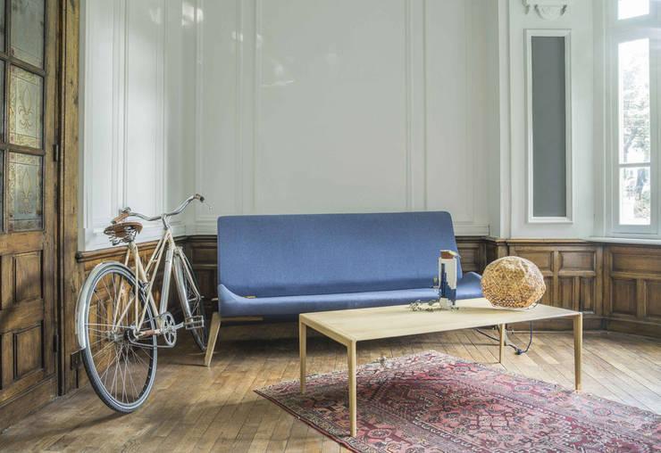 Alcyone Design: Salon de style  par Good Morning Design