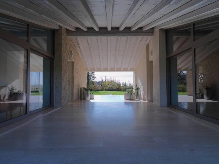 Casas modernas de Vegni Design Moderno