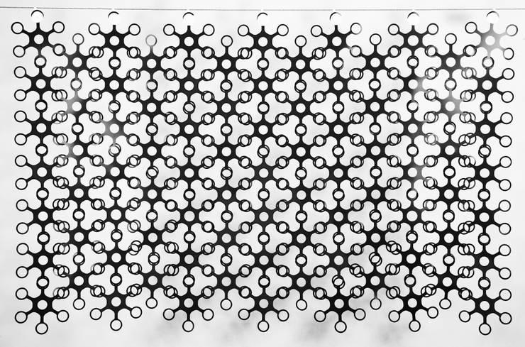 JOYN Original Black: Hogar de estilo  de DesignCode