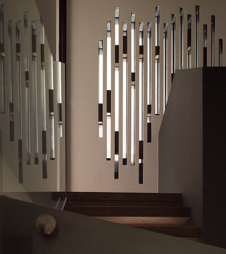 Sheen Lane, Staircase:  Corridor & hallway by BLA Architects