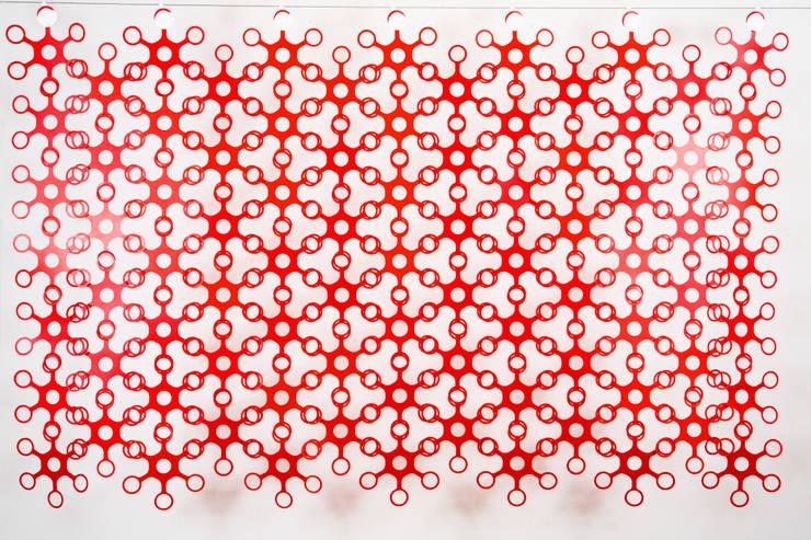 JOYN Original Red: Hogar de estilo  de DesignCode