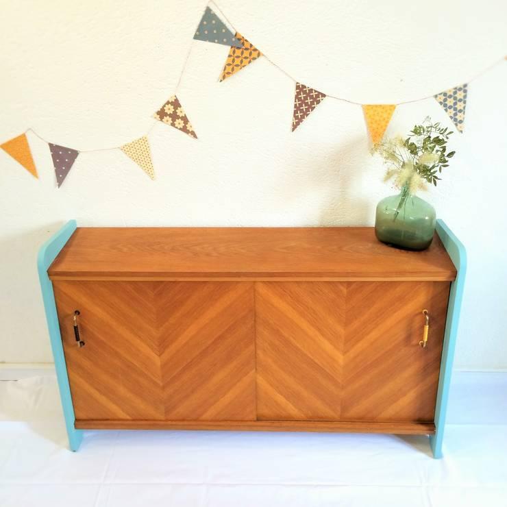 Noelie, le meuble de rangement vintage des 50's: Chambre de style  par Chouette Fabrique