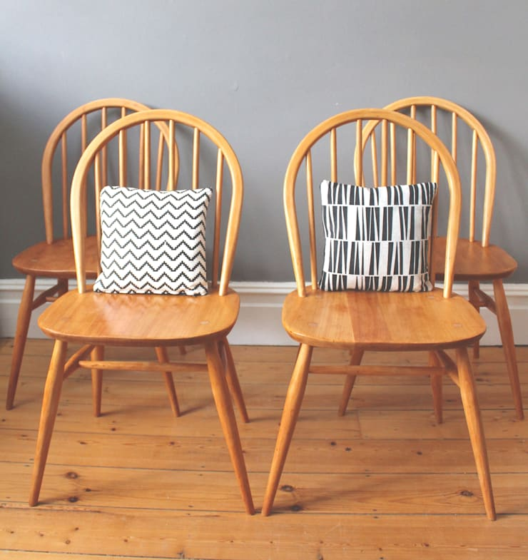 Set of four Ercol Windsor chairs:  Dining room by Owl and the Elephant