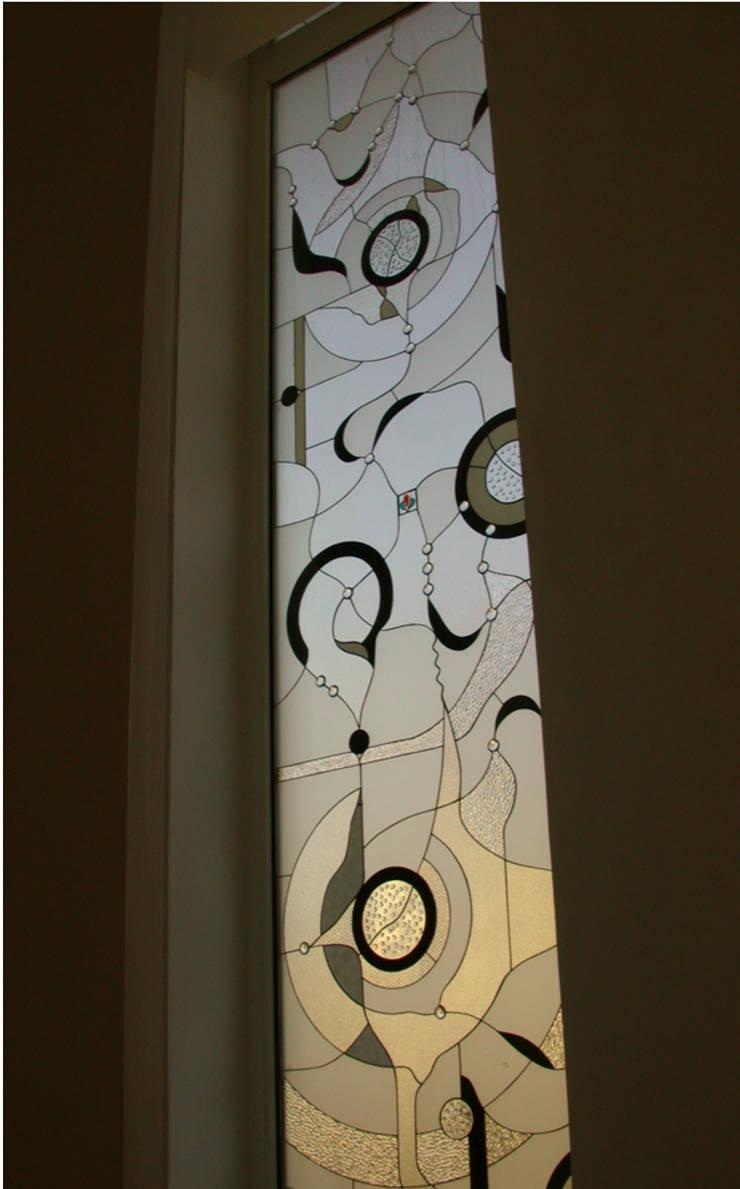 Ural Mimarlık ve Özel Sağlık Hizmetleri Ltd. Şti. – Modern 2:  tarz Pencere & Kapılar