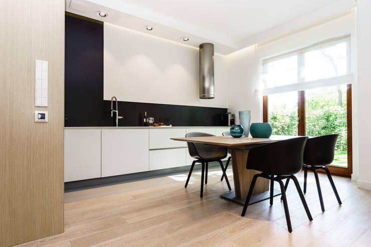 kuchnia: styl , w kategorii Kuchnia zaprojektowany przez Anna Maria Sokołowska Architektura Wnętrz