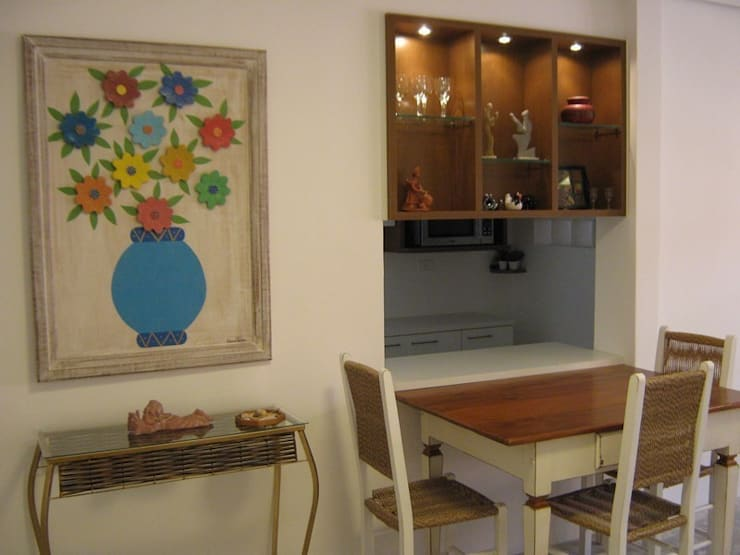 Interiors & Furniture design:  Dining room by Carol Weston Architecture & Interiors