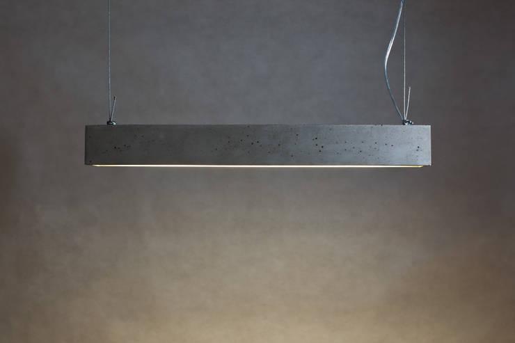 Betonówa: styl , w kategorii Salon zaprojektowany przez Natural Born Design