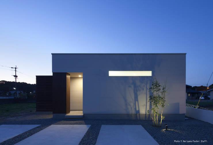 PLATE HOUSE: 松岡健治一級建築士事務所が手掛けた家です。