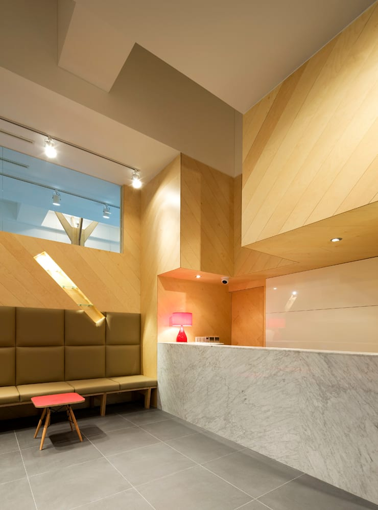 KEH Dental Clinic: CHORA의  병원