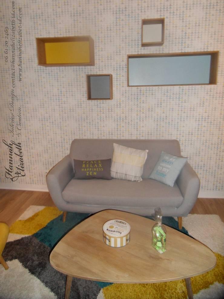 Décoration salon rétro: Salon de style  par HANNAH ELIZABETH INTERIOR DESIGN & CREATION