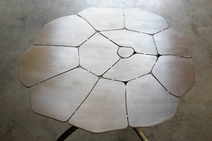 "Table ""OMBELLE"": Jardin de style  par Coolfabrik"