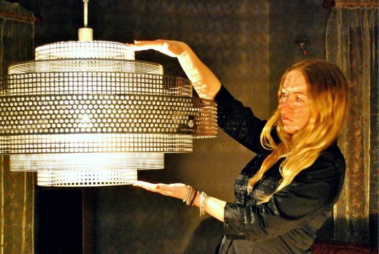 Гостиная в . Автор – Archerlamps - Lighting & Furniture