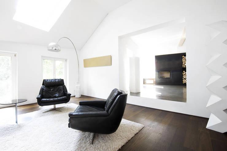 CH_01:  Wohnzimmer von LINIE ZWEII - innenarchitektur und grafikdesign
