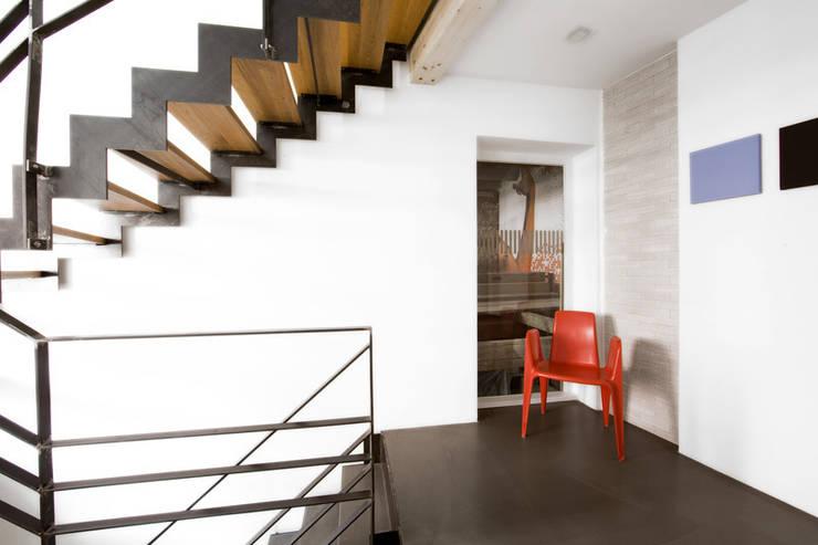 CH_06:  Flur & Diele von LINIE ZWEII - innenarchitektur und grafikdesign
