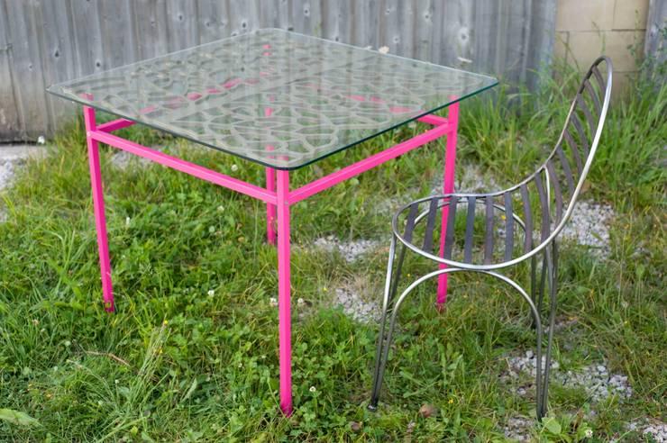 """Table """"BARDANE"""": Cuisine de style  par Coolfabrik"""