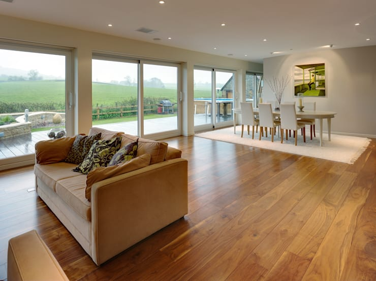 Muswell House:  Living room by Adrian James Architects