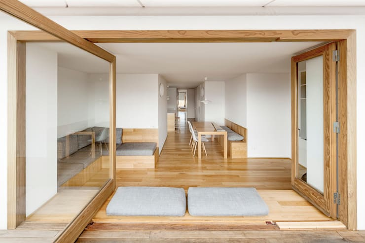 minimalistic Dining room by Room Global