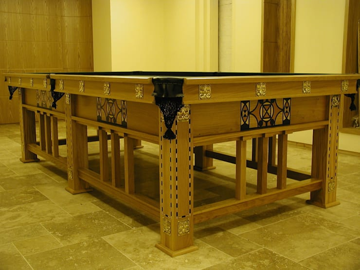 The Schaefer Snooker/Pool Table:  Dining room by HAMILTON BILLIARDS & GAMES CO LTD