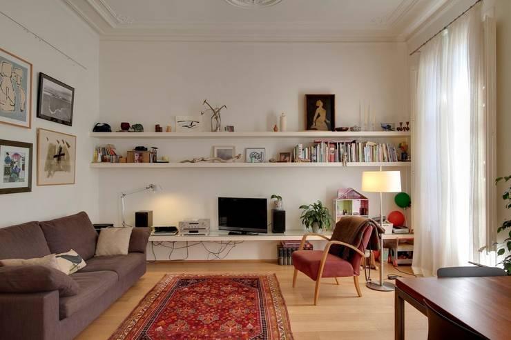 Living room by Room Global