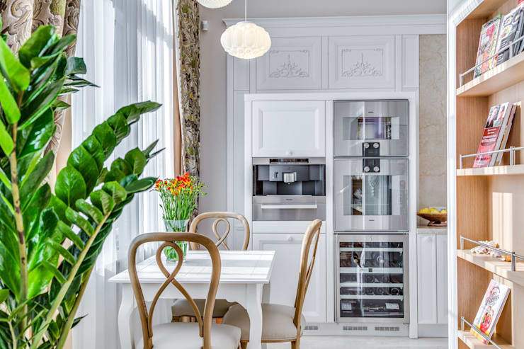 Квартира в жилом комплексе <q>Парадный квартал</q>: Кухни в . Автор – Be In Art