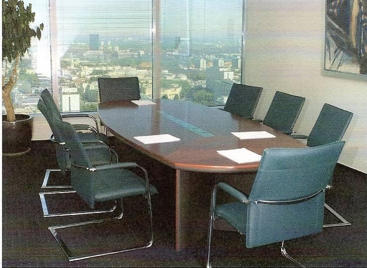 Sala konferencyjna: styl , w kategorii Pomieszczenia biurowe i magazynowe zaprojektowany przez Akson Meble Biurowe
