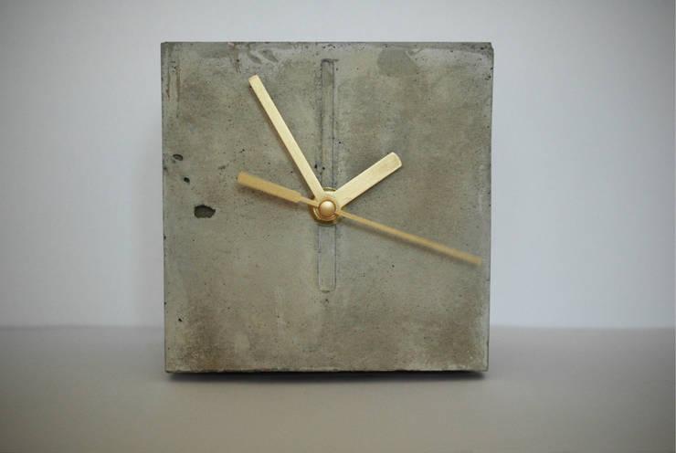 zegar CHRONEK: styl , w kategorii Sypialnia zaprojektowany przez Natural Born Design,