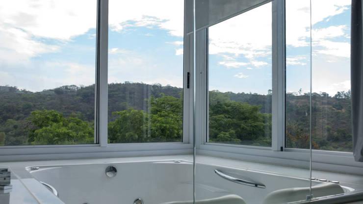 CASA AN: Banheiros  por Mutabile