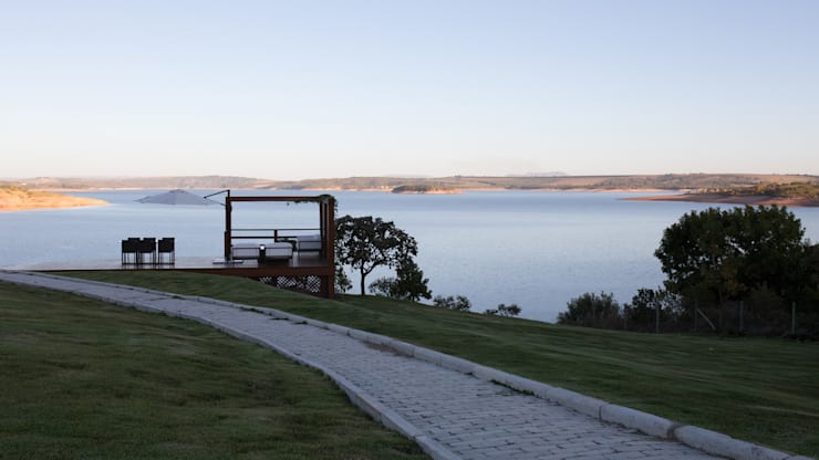 CASA CANYONS DO LAGO : Casas  por Mutabile,