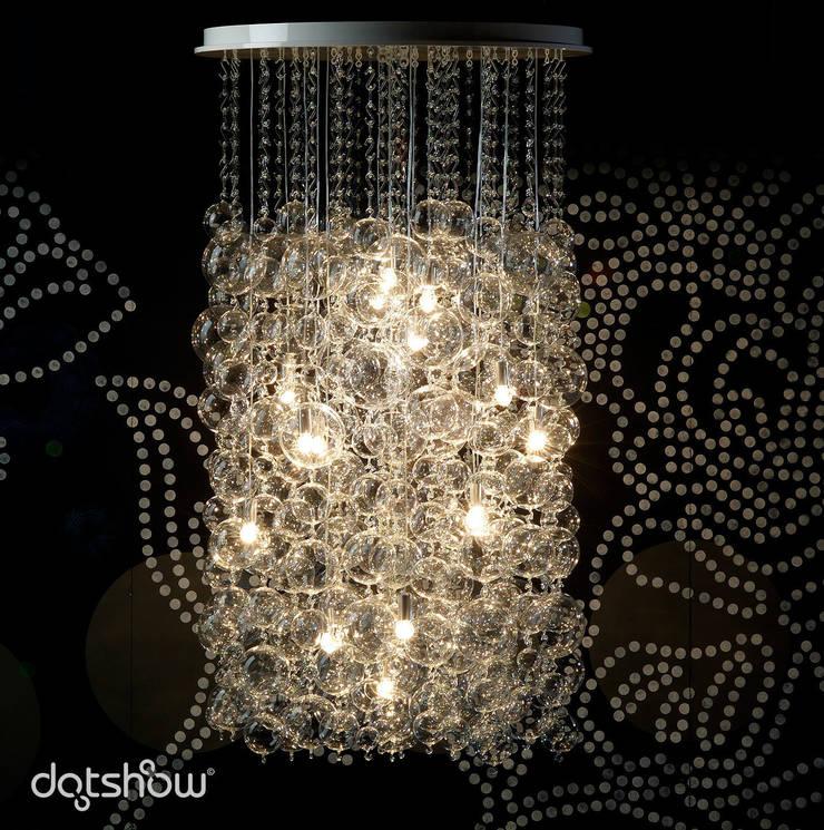 Muurbloem Design Studio DotShow:  Woonkamer door Muurbloem Design Studio