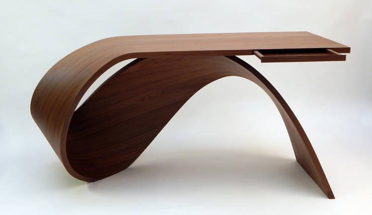 Bureau Waimea: Bureau de style  par Pierre Renart