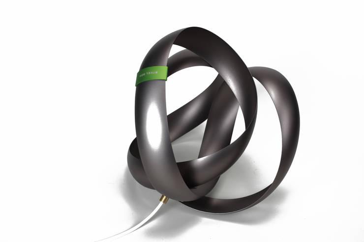 BOOM: DESIGN BY STEEL BOX의  아트워크