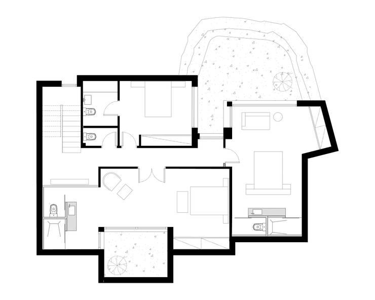 Rehabilitación de vivienda unifamiliar en Begur, Costa Brava, Baix Empordá:  de estilo  de MANO Arquitectura