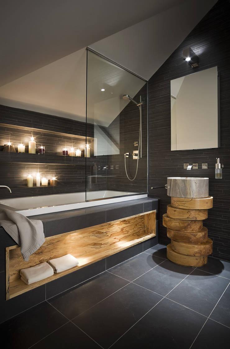 Alessandro Isola Ltdが手掛けた浴室, モダン